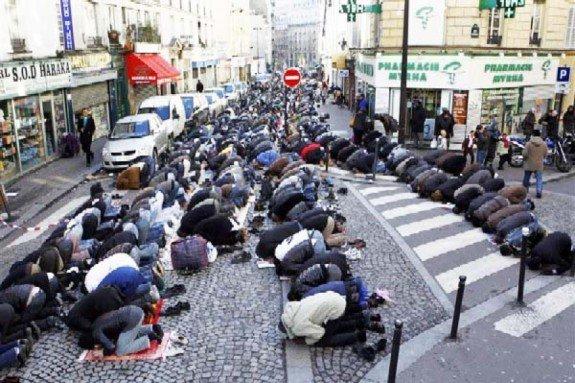 sweden-muslims-575x383