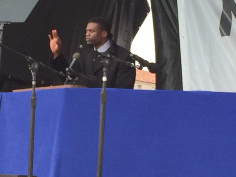 Baltimore Ravens Tight End Ben Watson Addresses Crowd