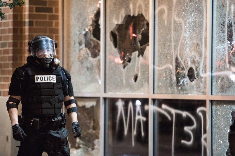 leftist-violence-5